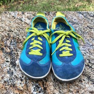 {Merrell} 'Equinox' Sneakers 👟⭐️🌎